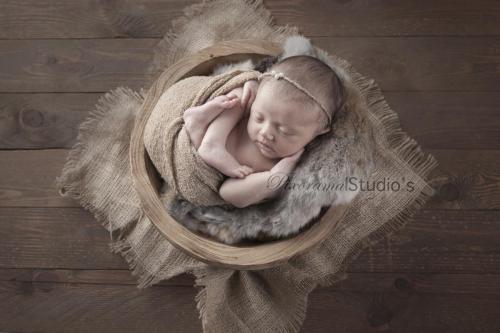 NewbornLia